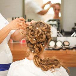 Make-up oder Hairstylingkurse als Geschenkidee für Jugendweihe und Konfirmation