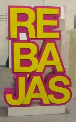 Reclamo REBAJAS para escaparate, bloque de texto, Escultura Pop