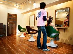 美容室のチラシ制作事例