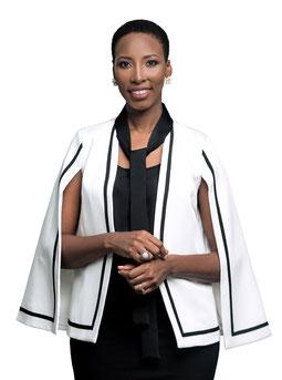 Portrait de Rhodie Lamour Conseillère en image vestimentaire, formatrice, conférencière et auteure depuis 2012 à Montréal
