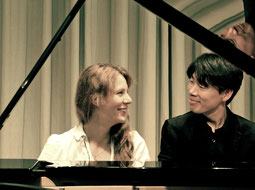 Bilde, Bilder, Bilder von Eva-Maria Weinreich (Klavier) und Tomohito Nakaishi (Klavier) // Lot of Pictures of the two Pianists