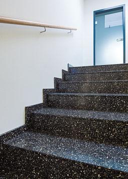 Farbasphalt Treppe