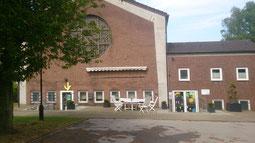 Unser Treffpunkt Haus der offenen Tür, Auferstehungskirche,  Beckstr. 139