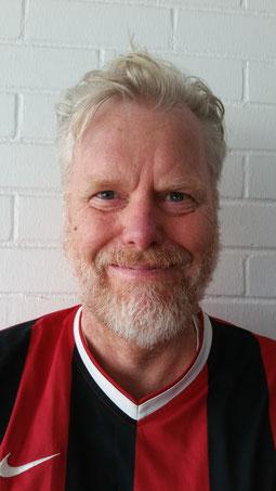 Manager Detlev Allroggen hat gut Lachen ob dieser hervorragend gespielten Hinrunde