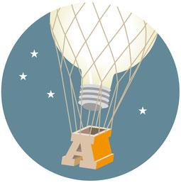 Eine Idee hebt in Form einer Glühbirne im Heissluftballon ab. Vektor Illustration. Adobe Illustrator.