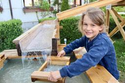 Goldrausch, Goldwaschen, Kinderspielplatz, Spielplatz, Edelsteine, Goldwaschen für Kinder, Goldwasch-Anlage, Goldwaschanlage