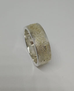 GOLD-DUST-RING 8 mm 240 euro