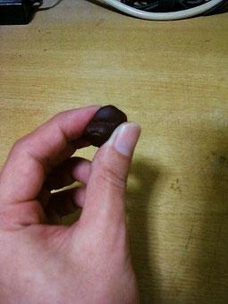 樹脂粘土製ドレッドヘアビーズの作り方 よくこねる