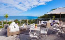 Boskerris Terrasse mit Meerblick