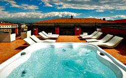Dachterasse mit Pool des La Ciliegina Lifestyle Hotels