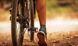 Mann auf einem Fahrrad