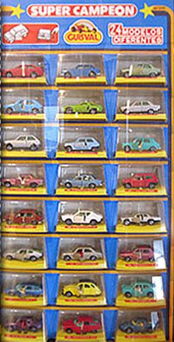 Expositor con 24 modelos