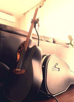 ギタースタンドもアイアンで作りました