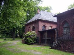 Denkmalgeschützte Friedhofshalle, Friedhof 2, Plauen