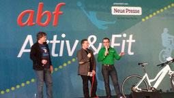 e-motion Hannover Gut gelaunte e-Bike Testfahrer auf abf Messe
