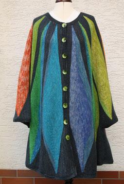 Ponchomantel Colourdream, Design: Ruth Kindla