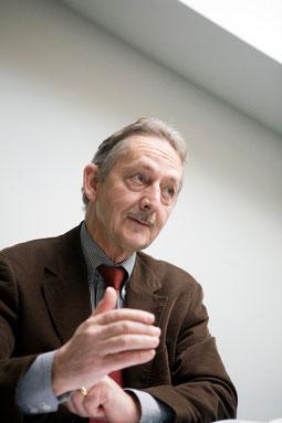 """""""In der Schweiz ist man durchaus zu wuchtigen Reformen fähig, wenn der Stress gross genug ist"""", ist der Bundesratssohn überzeugt."""