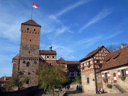 Kaiserburg Nürnberg, Vorburg und Hauptburg mit Chorturm