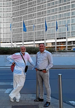 Dr Alexandru Paul Moraru, Manager von Inedit TV, Bukarest. Und sein Partner Remus Gusa