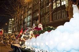 Santa Claus auf Schlitten