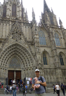 Barcelona Baby Catedral Travel