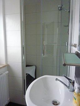 Gästehaus Erle Apartment Tegelberg Ansicht Duschkabine