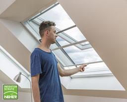 Fliegenrollo für Dachfenster, Insektenschutz-Rollo für Dachfenster in Langenselbold bei Lamellen Junker