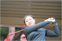 竹内美雪プロの始球式