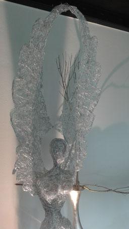 Drahtskulptur Engel aus Draht