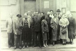 Auf dem Gruppenfoto sind u.a. die Ehepaare Mindermann, Weers, Eilts, Renziehausen und Franz Kattwinkel.     Foto aus der Sammlung J. Rust