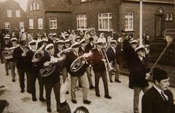 Musikverein Harmonia unter Leitung von Horst Zobel.