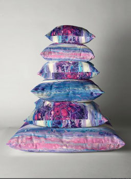 decoration-interieur-moderne-coussins-rose-violet-original-royan