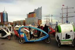 Elbphilharmonie & Große Hafenrundfahrt 3 - Hamburg by Rickshaw