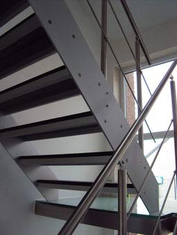 trap met natuursteen treden Cameleon van Graah