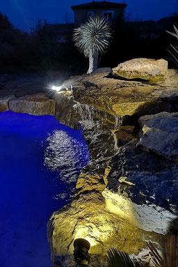 cascade-piscine-nuit