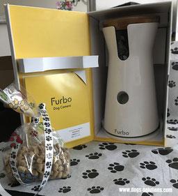 La camera Furbo dans sa boîte