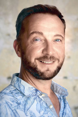 DIRK WEILER - Schauspieler, Sänger, Tänzer