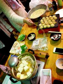 先輩達が鍋とたこやき用意してくれました!ありがとうございます(*^_^*)