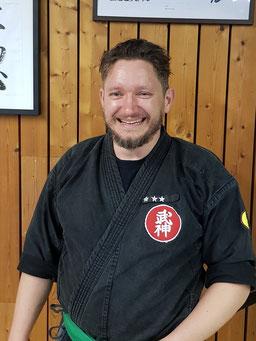 Michael Reuter Kindertrainer, Kindertraining, Training, Kinder, 10-14 Jahre, Bujinkan, Lauf an der Pegnitz, TSV Lauf, Samurai, Ninja,