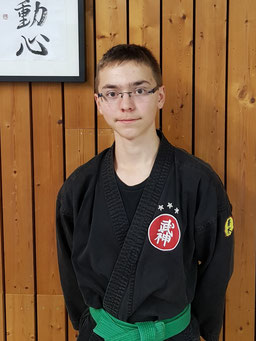 Yanneck Stübinger Kindertrainer, Kindertraining, Training, Kinder, 10-14 Jahre, Bujinkan, Lauf an der Pegnitz, TSV Lauf, Samurai, Ninja, Bujinkan Budo Taijutsu, Wakagi Lauf, Bujinkan Wakagi Dojo Lauf, Kampfkunst, Kampfkunst Lauf an der Pegnitz,