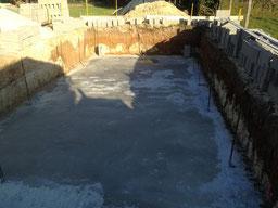 Dalle de piscine en béton armé