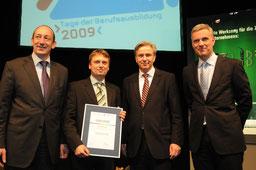 v.l.: Jan Eder, Ragnar Ach, Klaus Wowereit, Stefan Schwarz