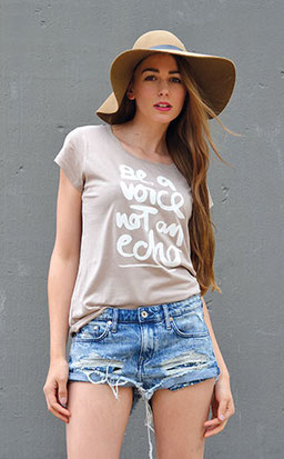"T-Shirt ""be a voice not an echo"" nude"