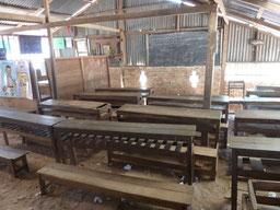 Klassenraum in dem die eingeschulten Kinder lernen.