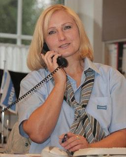 Marie Funk: Auftragsannahme/ Kundenservice