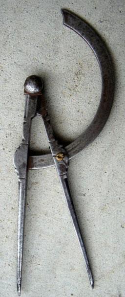 Iron Divider