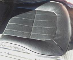 運転席シート修理の張り替え後