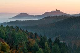 Wartburg Eisenach Sommer Nebel