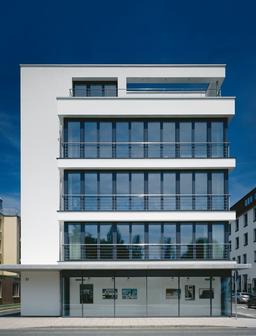 Das Gebäude der Galerie Gros in Friedrichshafen,  Friedrichstraße 31
