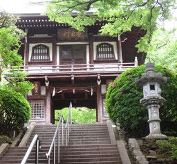 常照寺の仁王門